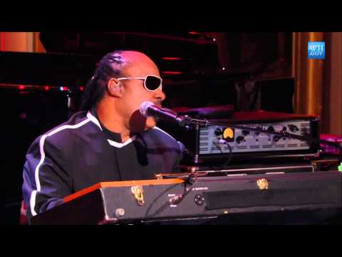 """Stevie Wonder performs """"We Can Work It Out"""" at the Gershwin Prize for Paul McCartney"""