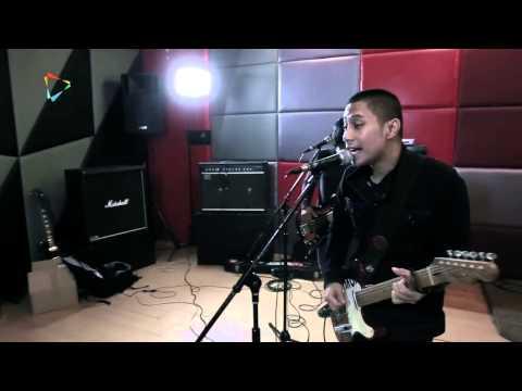 Studio Attack The Rain Terlatih Patah Hati Kompas.com