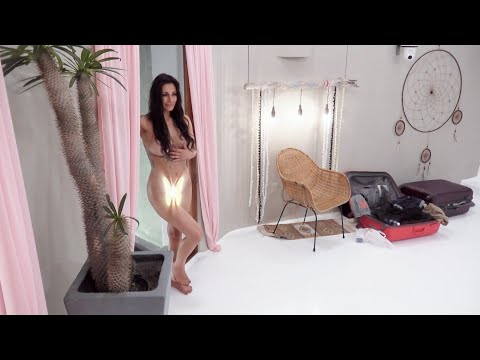 «Paradise»-Karoline setter hotellet på hodet