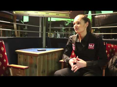 Reanne Evans reacts to 11th world title