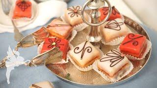 Klassische, aufwändige Petit Fours aus der Konditorei - Anleitung + Rezept Mini Törtchen - Kuchenfee