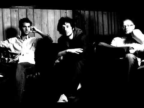 Клип The Tunics - Fade Out