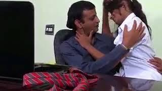 மாணவிகளை நிர்வாணமாக்கி வீடியோ எடுத்த பள்ளி ஆசிரியர் கைது |school teacher takes video inude|Live News