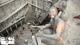 Colombia - Swimming in Mud Volcano and Being Attacked by Partiers in Colombia