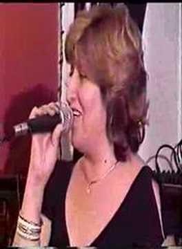 MÚSICA BOLIVIANA - GINA ELIZABETH