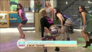 Las conductoras de Ellas Arriba bailan twerking