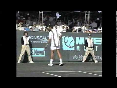 Jose Luis Clerc vs Andres Gomez on the Senior Tennis Champions Tour circa 1995