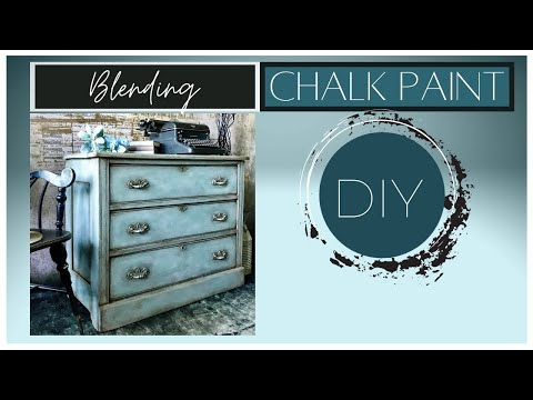 How To Chalk Paint A Faded Blue Jeans Effect Using Annie Sloan's Chalk Paint.