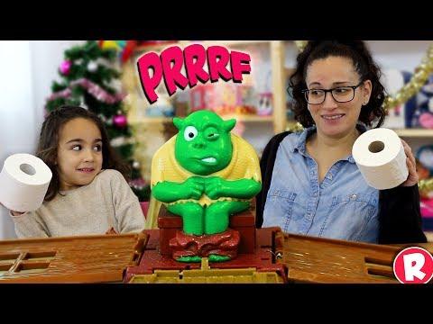 Og on the Bog! Un ogro en el WC. Andrea y Raquel en SUPERDivertilandia.