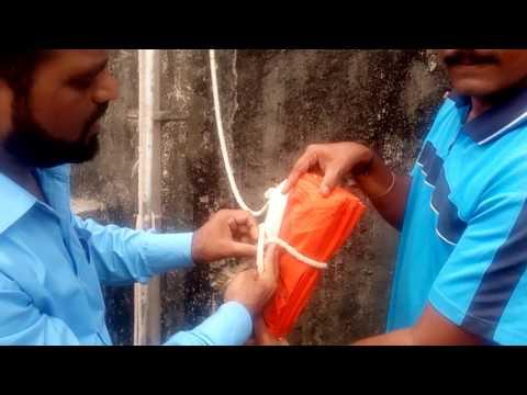 How to Hoist  INDIA'S NATIONAL FLAG  : Mr. Bobade and Mr. Avinash Mandake Sir (BHARATI VIDYAPEETH)