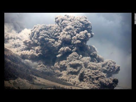Yellowstone Caldera Update, Low Frequency Tremor Returns, Shallow Canada Quake 12-22-17