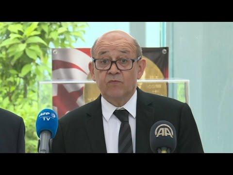 Jean-Yves Le Drian annonce qu'un Français a été tué dans l'attentat de Londres