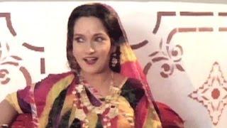 Himani Shivpuri, Renuka Israni - Meera Ro Girdhar - Rajasthani Scene 3/10