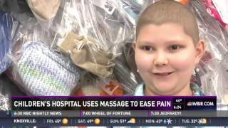 Download lagu Massage Therapy Used at Children's Hospital