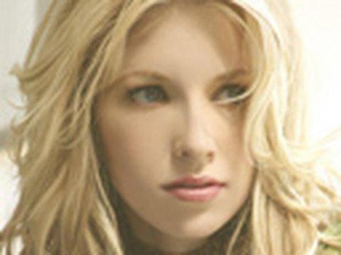American Idol Finalist Brooke White Talks About Her Sickness