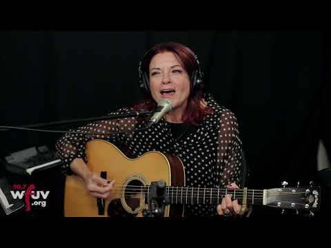 """Rosanne Cash - """"She Remembers Everything"""" (Live at WFUV) Mp3"""