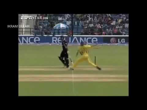 shaun tait bowling action slow motion, - YouTube