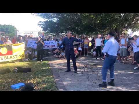 Bob Brown speaks out against seismic testing in Newcastle