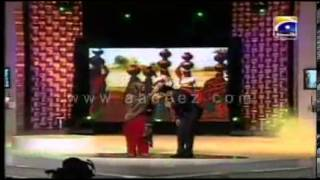 Atif Aslam   Lambi Judai   Atif Aslam With Reshma flv   V! video