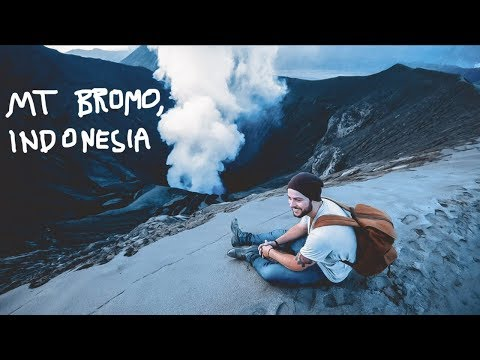 My Crazy Hike On A Volcano 🇮🇩 Mount Bromo, Indonesia
