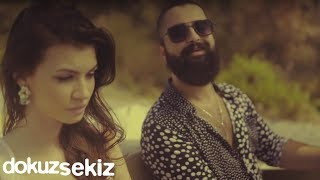 Gambar cover Koray Avcı - Hangimiz Sevmedik (Official Video)