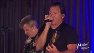 """Leaving Trunk"" TOMMY CASTRO & the PAINKILLERS @ Montreux Jazz Festival 2015"