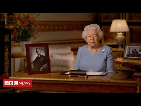 """The Queen praises """"love and care"""" in current crisis as she honours VE Day - BBC News"""