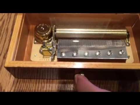 Reuge Swiss cylinder music box - Verdi operas - Italian inlay case