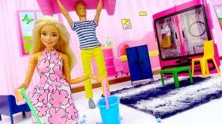 Барби переезжает. Видео для девочек с игрушками: куклы Барби.