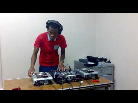 DJ Handfull Messing Around