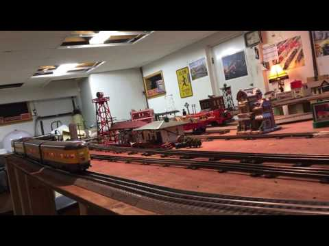 Kline 4015 4-8-8-4 bigboy steam engine with Lionel aluminum Union Pacific passenger cars