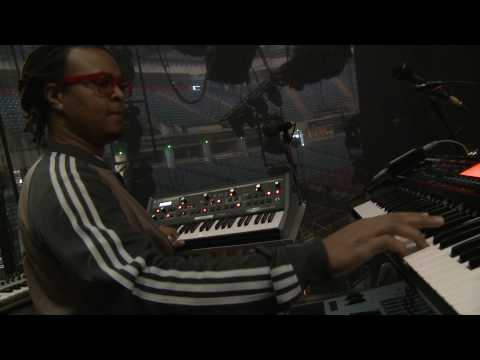 Tech Talk: BEP Musical Director Printz Board on his stage keyboard rig
