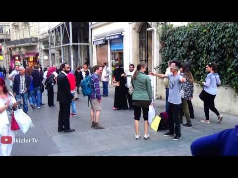 I Trust You, Do You Trust Me ? Hug Me - Social Experiment - Free Hugs istanbul ikizlerTv