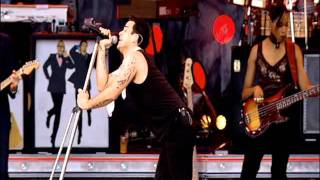 Robbie Williams - What we did last summer - Live at Knebworth - Part 1