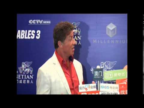 "Stallone hopes to film ""Expendables 4"" in Asia"