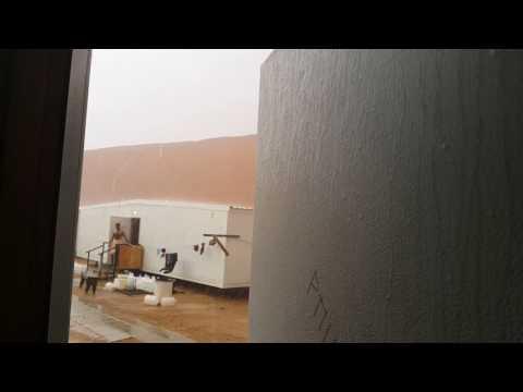 Shaybah Rainfall , Samsung Engineering Camp#1, Shaybah , Saudi Arabia by: Zahid khan