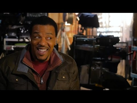 Backstage with GRIMM's Russell Hornsby!