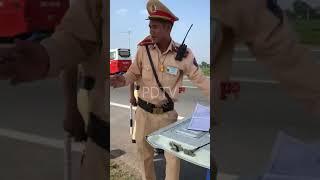 Tài Xế Sẽ Tặng CSGT Hưng Yên Tờ A4