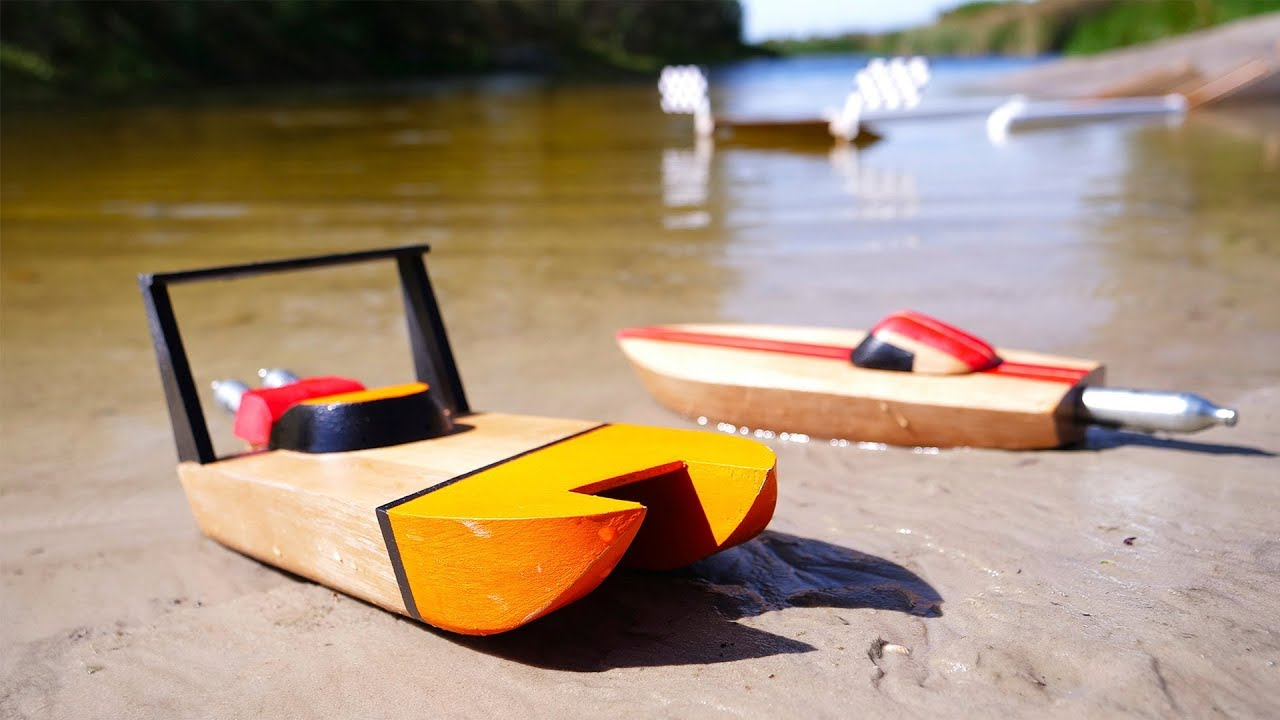 racing-boat-powered-by-co2-cartridges-challenge