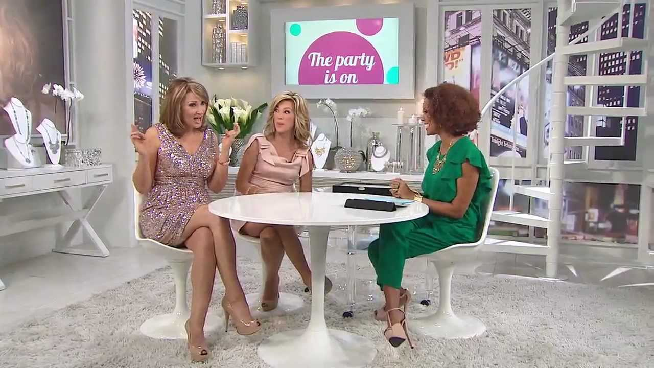 Hsn Host Colleen Lopez Shares Holiday Memories Part 3 0031