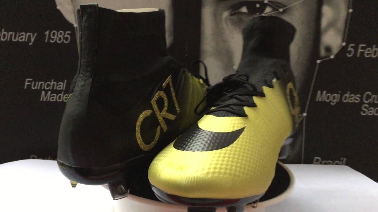 8185249435e9b CR7 Nike - Chaussures De Foot Nike Mercurial Superfly FG Noir Or Nouvelles