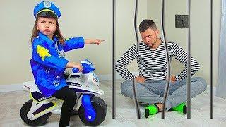 Милана и ее истории для детей про полицейского и воришек