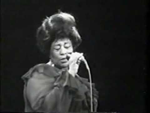 Ella Fitzgerald - For Once In My Life (Live in Berlin 1968)