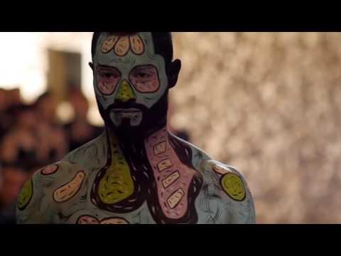 Défilé body painitng de Artistes l'école de maquillage
