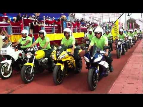 Diễu hành moto