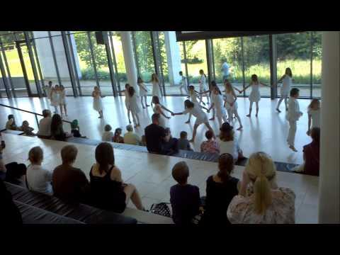 Modern dancing at the Museum of Art in Copenhagen