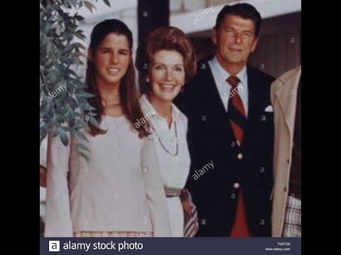 Patti Davis Speaks on Relationship with  Nancy Reagan