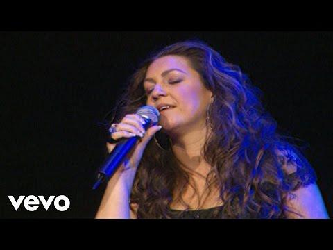 Niña Pastori - Cuando Nadie Me Ve (Video Directo TV)