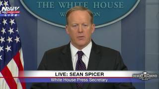 """Day After Feisty """"Shaking Head"""" Exchange, Sean Spicer Takes FIRST Question from Reporter April Ryan"""