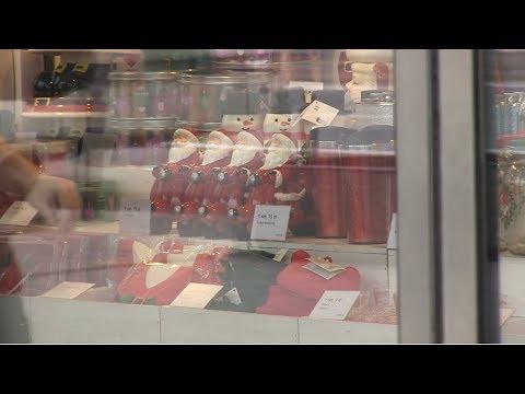 Boże Narodzenie w sklepach już w listopadzie. Co na to klienci?